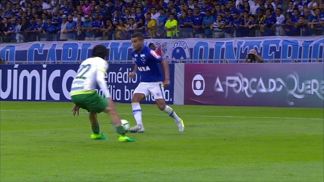 Melhores momentos de Cruzeiro 0 x 2 Chapecoense pelo Campeonato Brasileiro