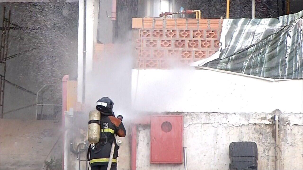 Vazamento de amônia em fábrica de Corumbá obriga moradores a saírem de casa