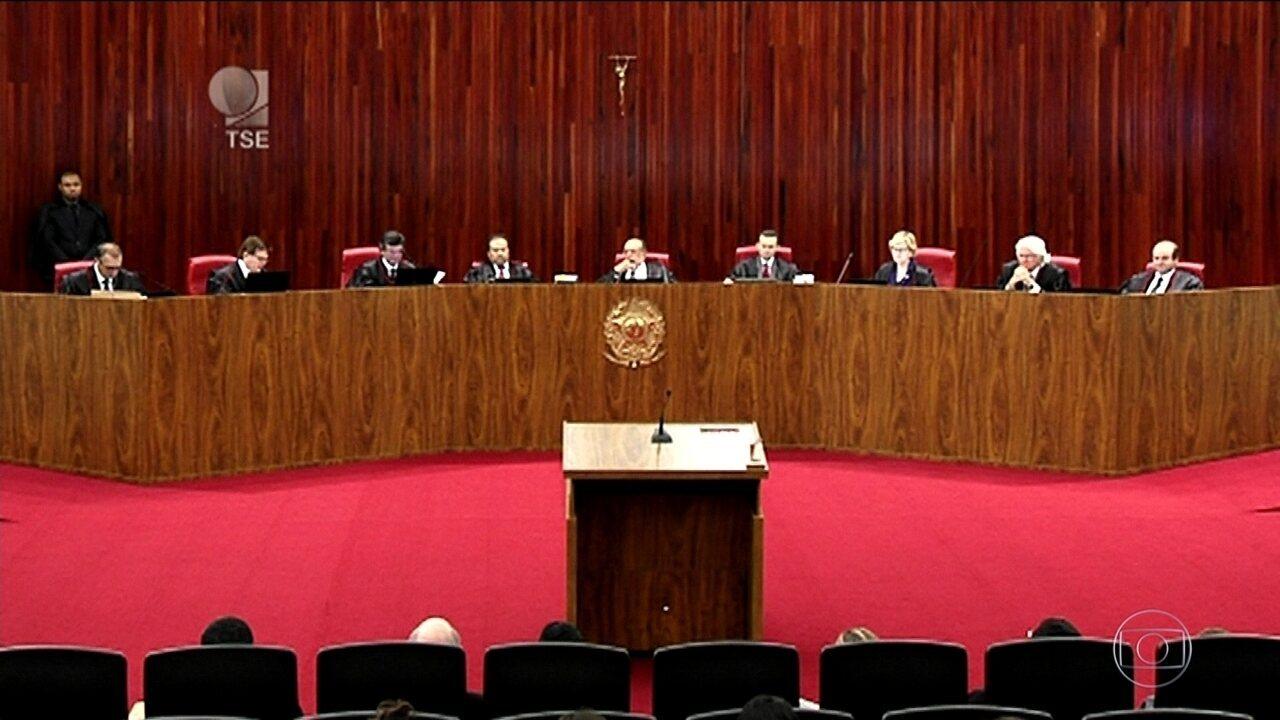 Empresas da Lava Jato faziam poupança de propina, diz relator