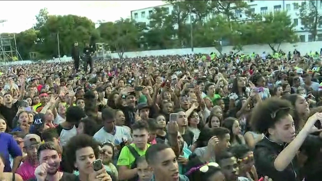 Marcha para Jesus reúne milhares de pessoas em São Paulo