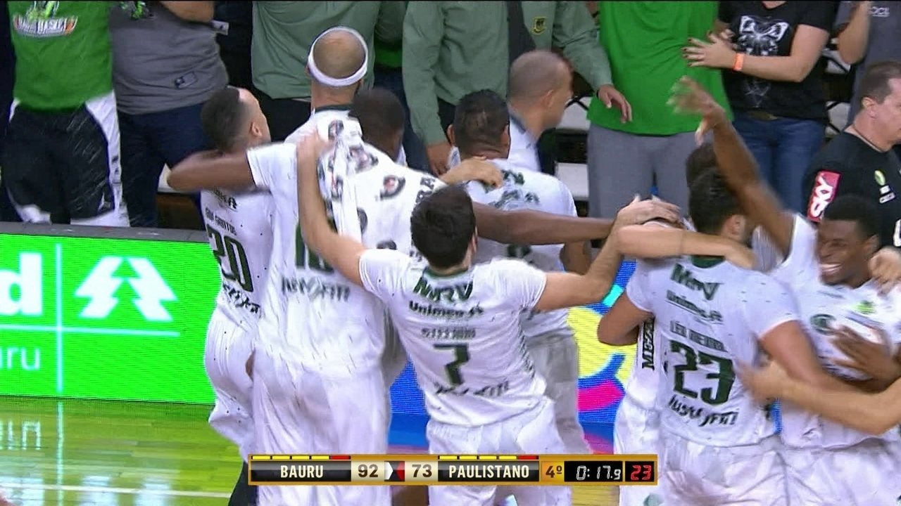 Melhores momentos de Bauru 92 x 73 Paulistano pelo jogo 5 da final do NBB