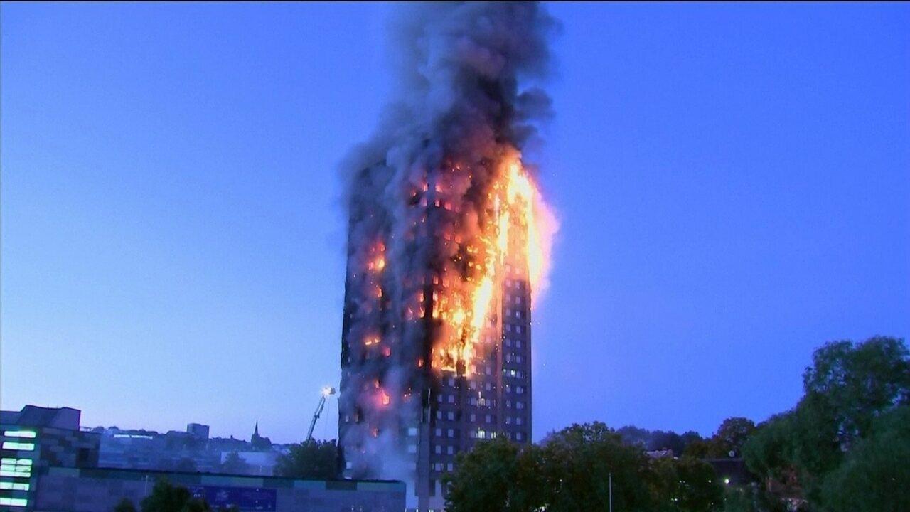 Polícia de Londres diz que incêndio em prédio de apartamentos começou em freezer