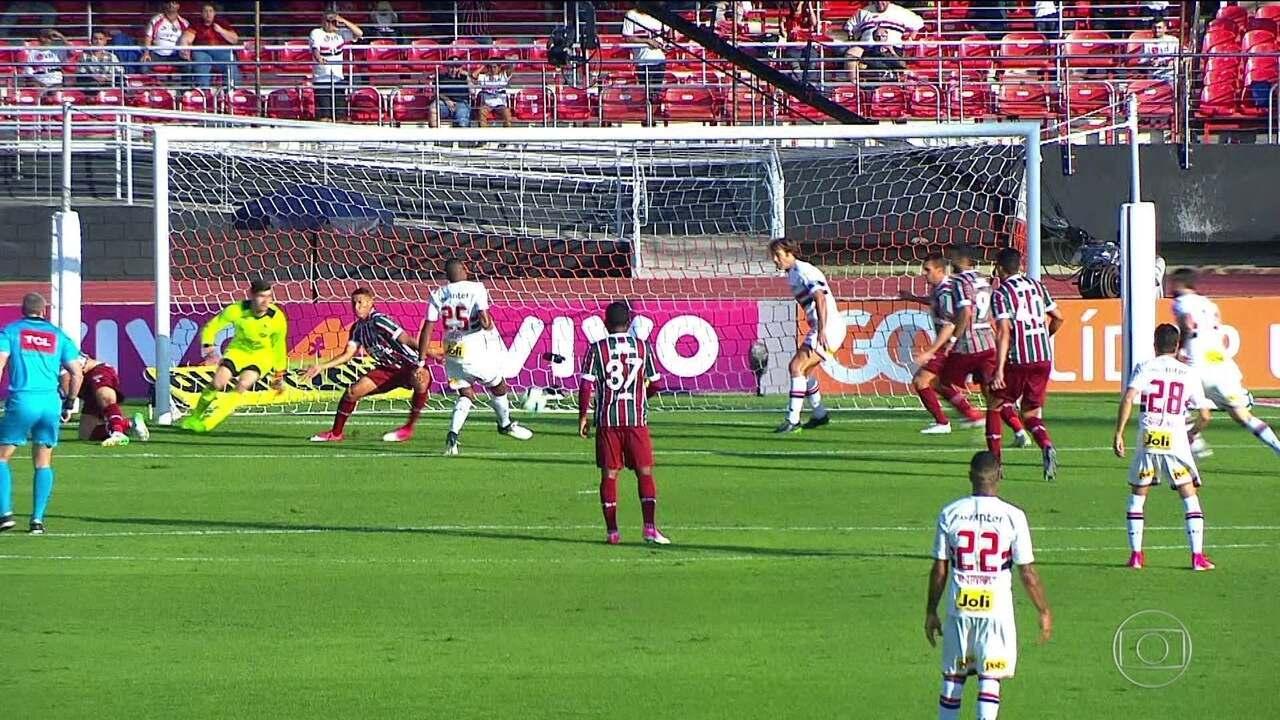 Relembre o gol de Jucilei contra o Fluminense