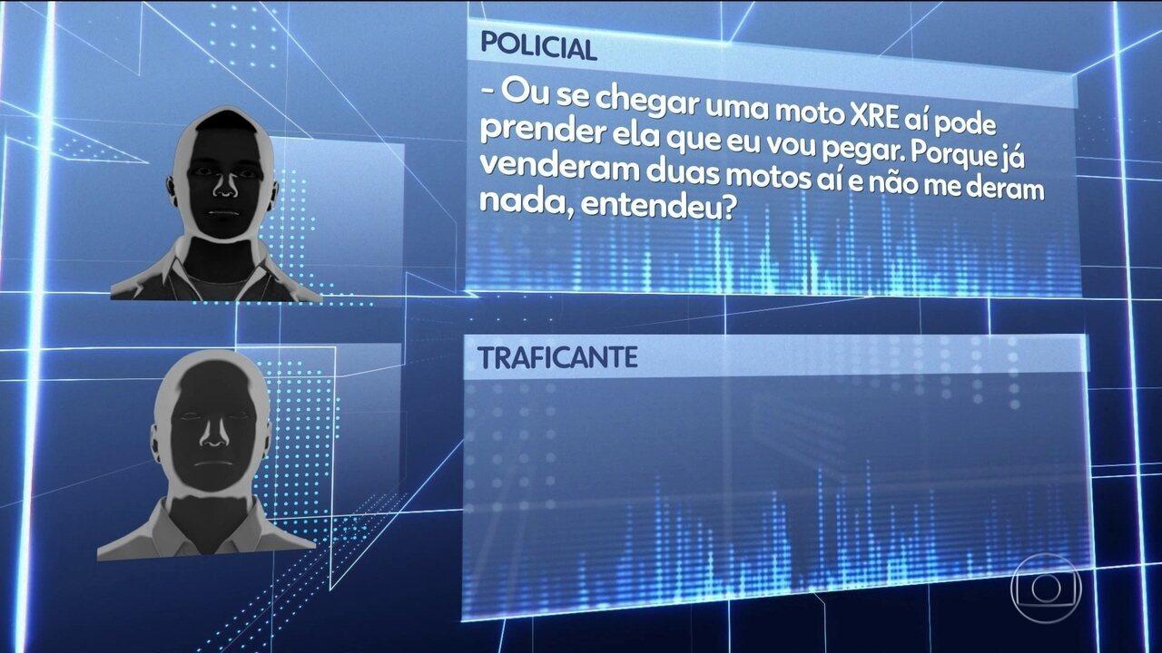 JN mostra novas gravações de policiais envolvidos com o crime