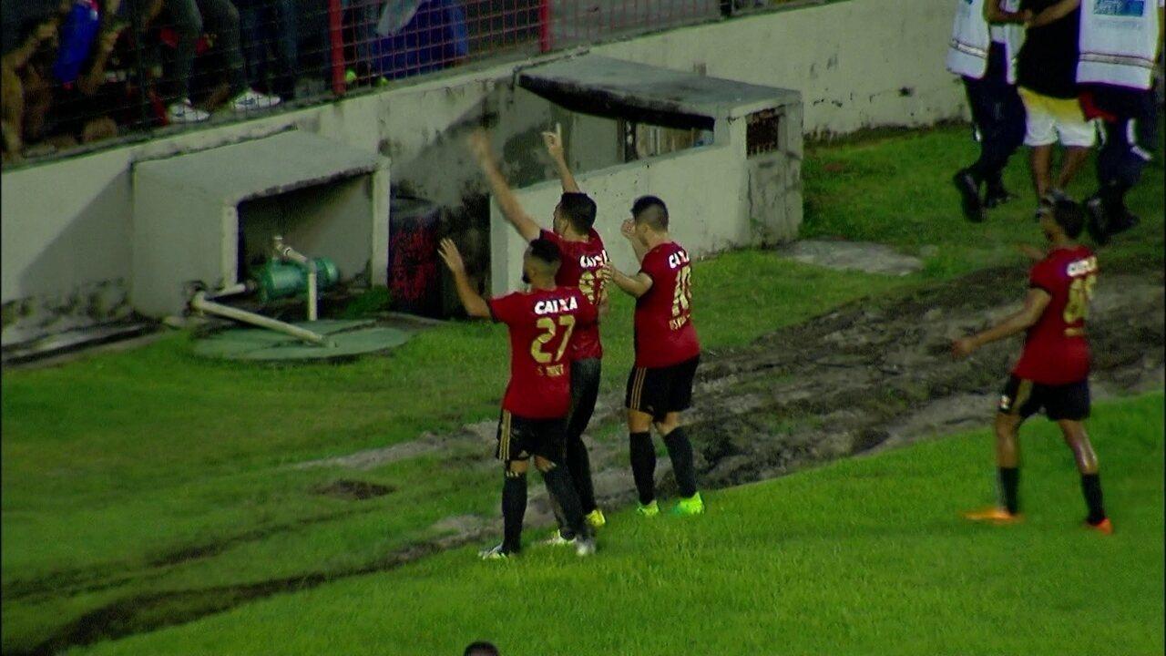 Gol do Sport! Diego Souza abre o placar em cobrança de pênalti aos 30 do 2º tempo