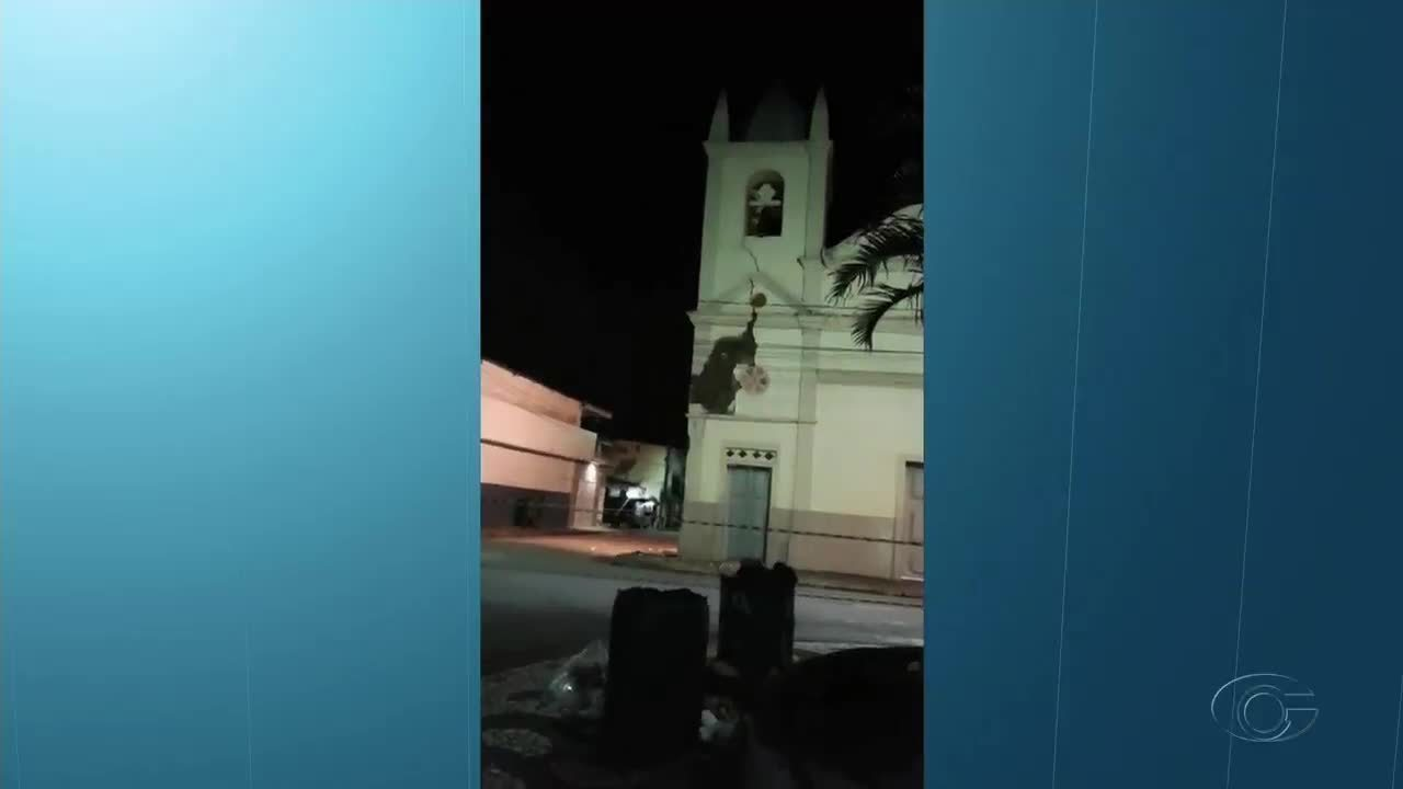 Torre da Igreja Nossa Senhora da Conceição desaba em Atalaia