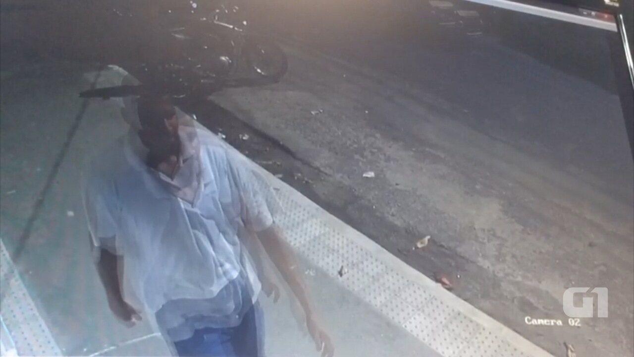 Câmeras de videomonitoramento filmaram suspeito