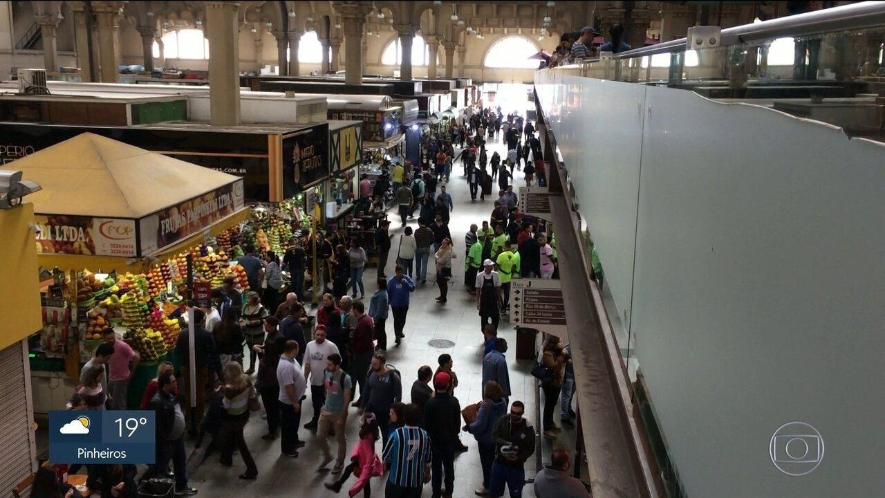 Mercado Municipal passa por falta de conservação e manutenção