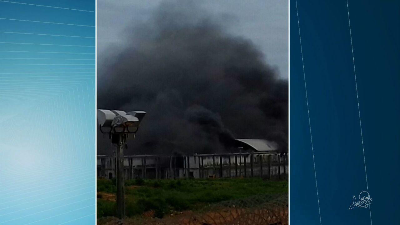 Presos fazem motim e causam incêndio na CPPL3