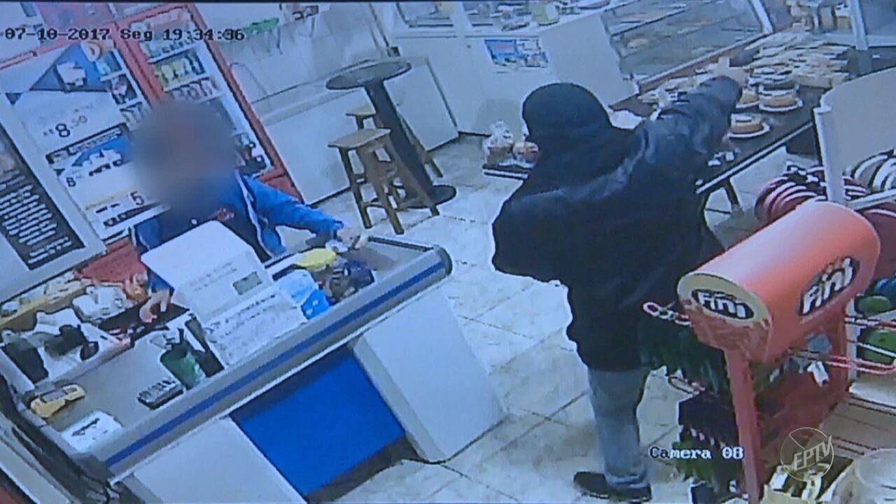 Comerciante é baleado durante assalto a padaria em Paulínia