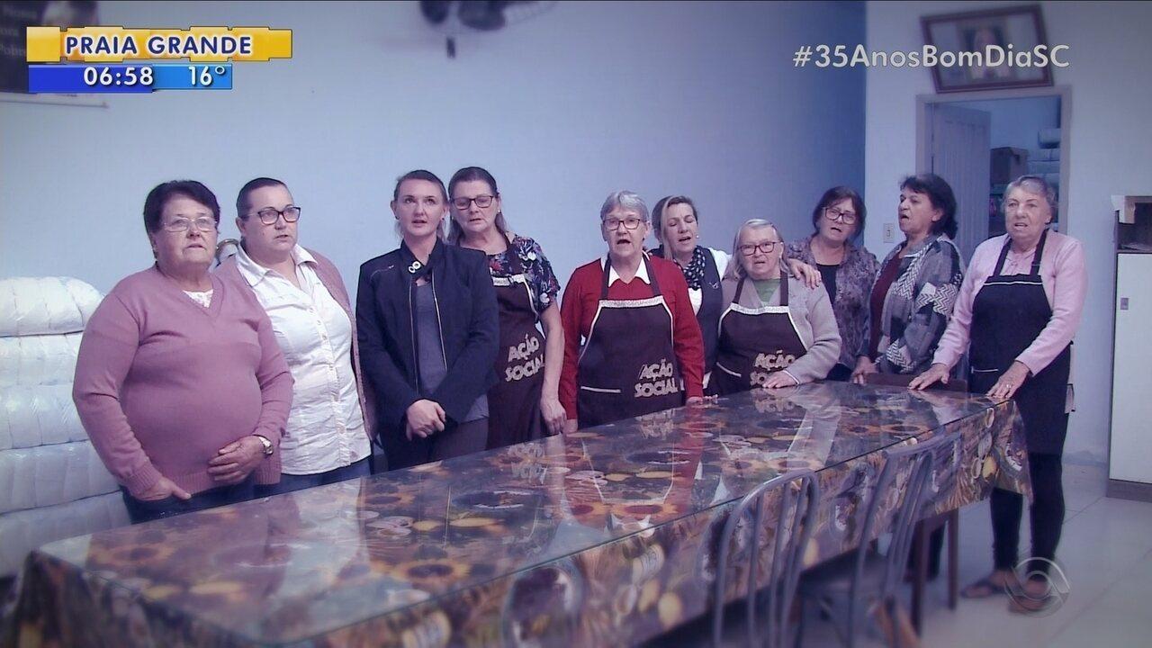 'SC +': Voluntários se unem para ajudar pessoas que passam por dificuldades