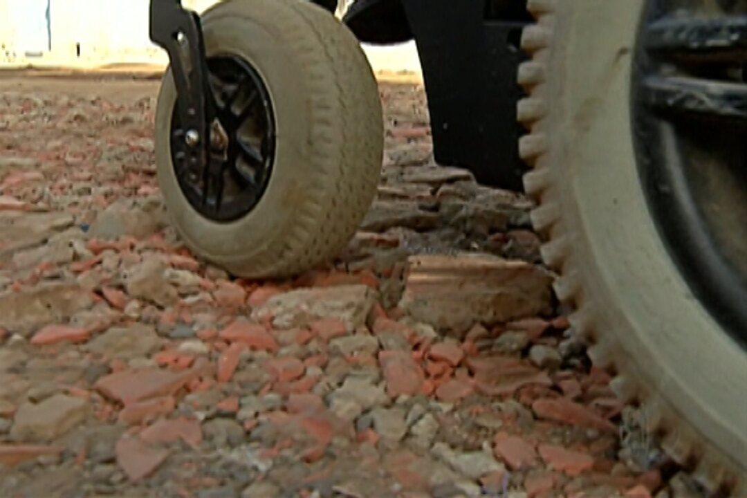 Sem pavimentação, rua de Jundiapeba afeta mobilidade dos moradores