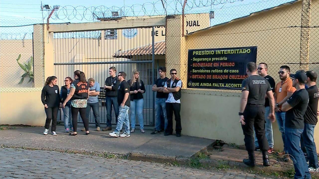 Funcionários da Susepe do Presídio Estadual de Lajeado pedem transferência