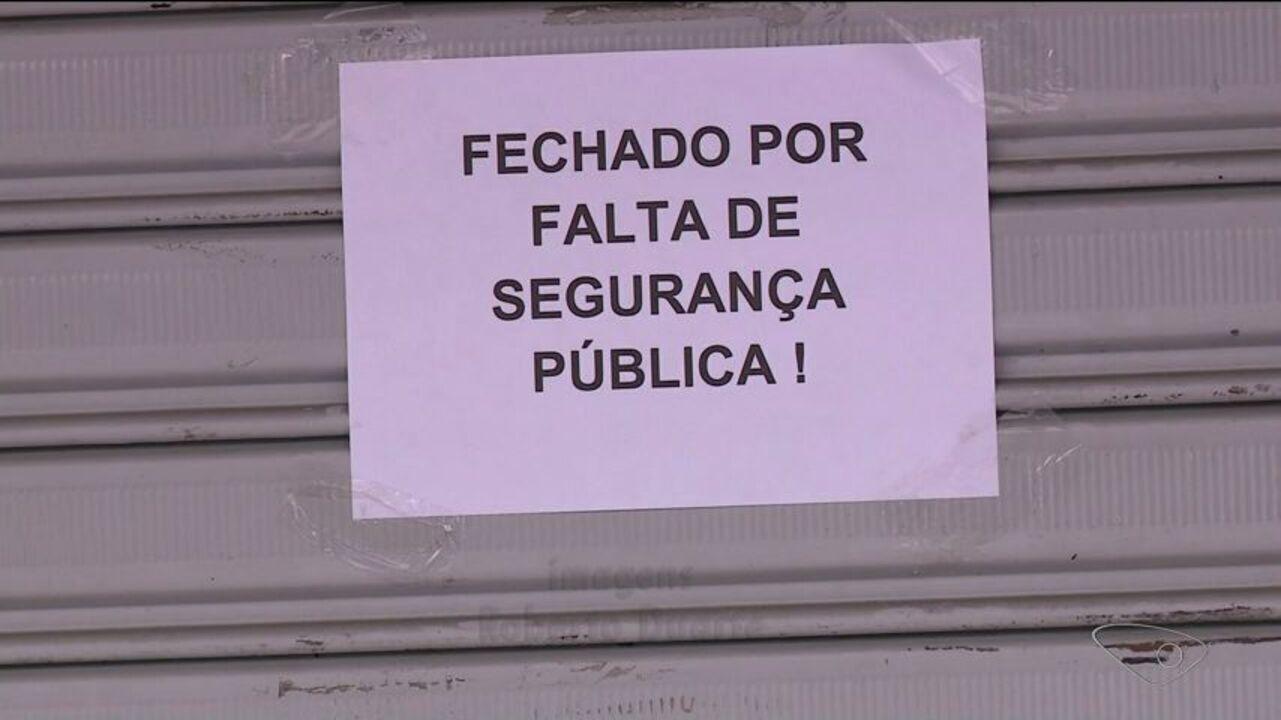 Loja fecha e deixa aviso dizendo que motivo é falta de segurança em Cachoeiro, no ES