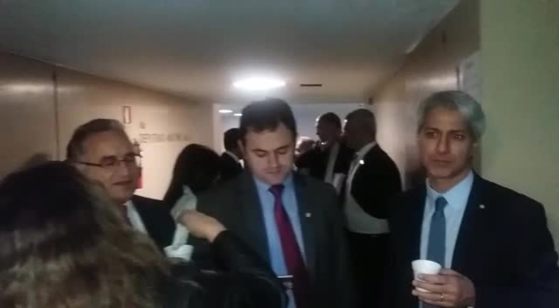 Votos a favor de Temer somam R$ 134 milhões em emendas