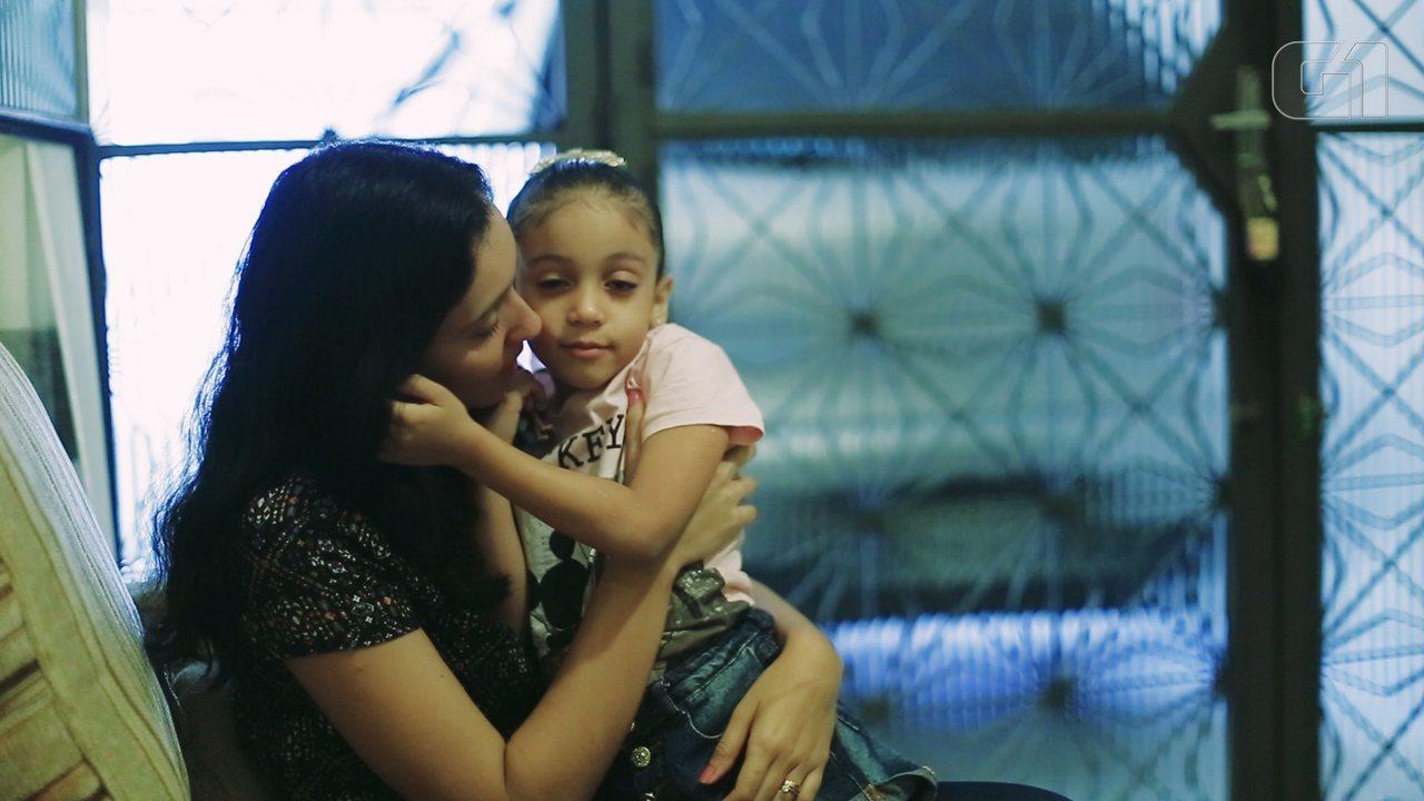 Grávida vítima de bala perdida em tiroteio relata traumas após o nascimento da filha