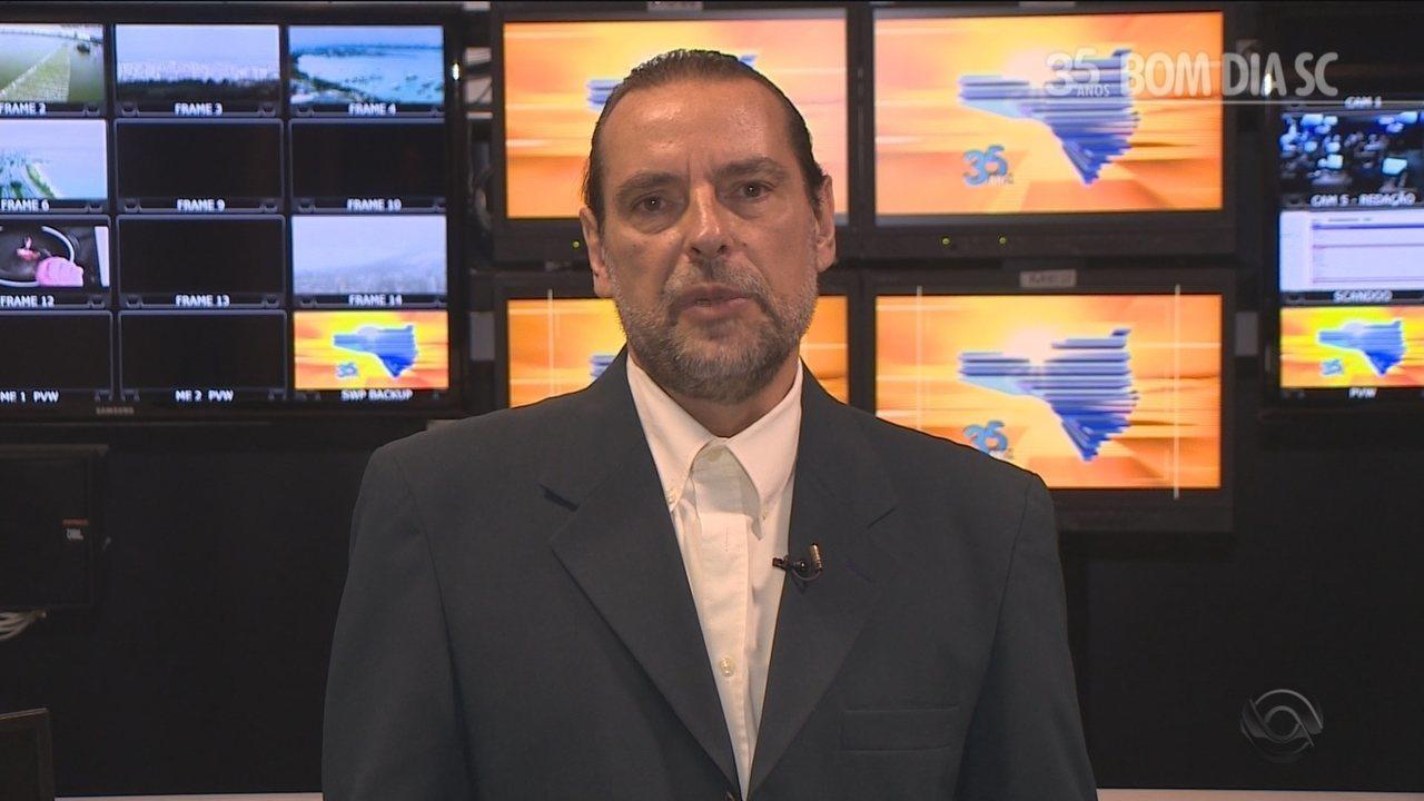 Delmar Gularte relembra momentos marcantes apresentando o Bom Dia SC