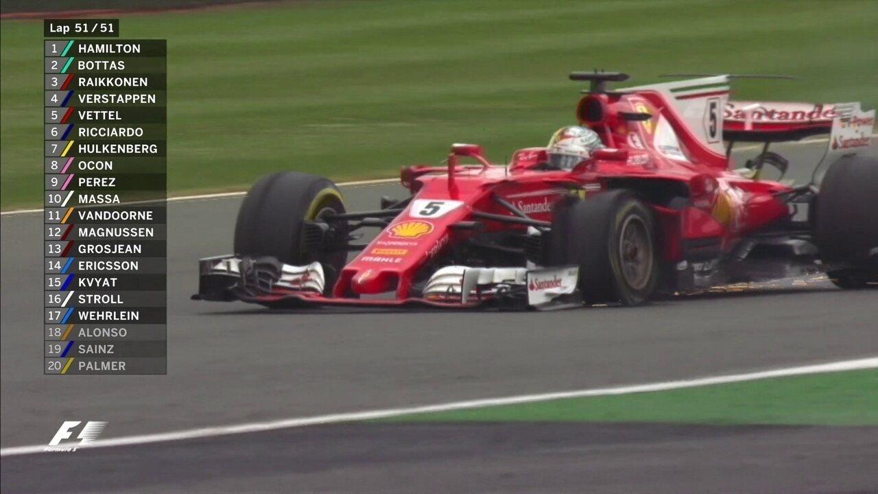 Pneu de Vettel fura e alemão tenta levar o carro até o fim