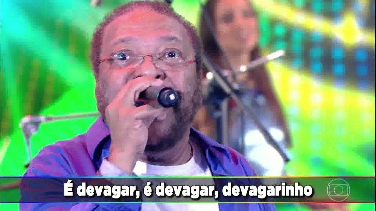 Martinho da Vila empolga público com 'Devagar Devagarinho'