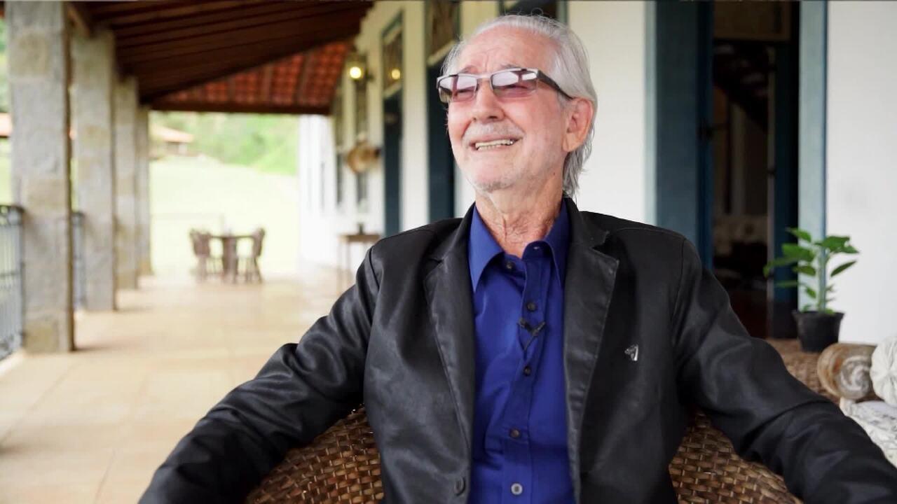 Pai de Murilo Rosa conta pedido de infância do ator: 'Tinha que tocar Roberto Carlos'