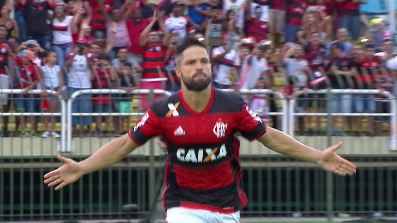Veja lances de Diego pelo Flamengo