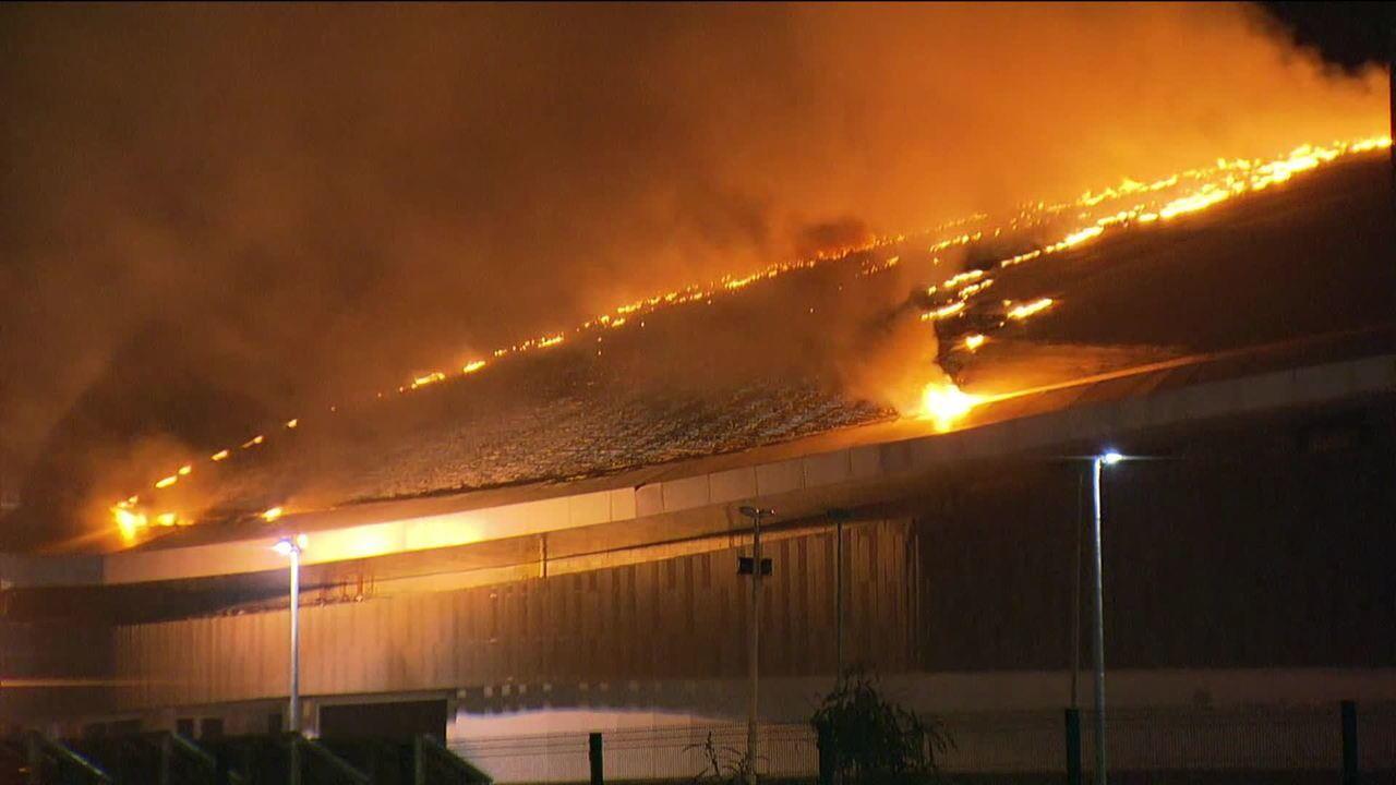 Incêndio atinge o Velódromo do Parque Olímpico na Zona Oeste do Rio