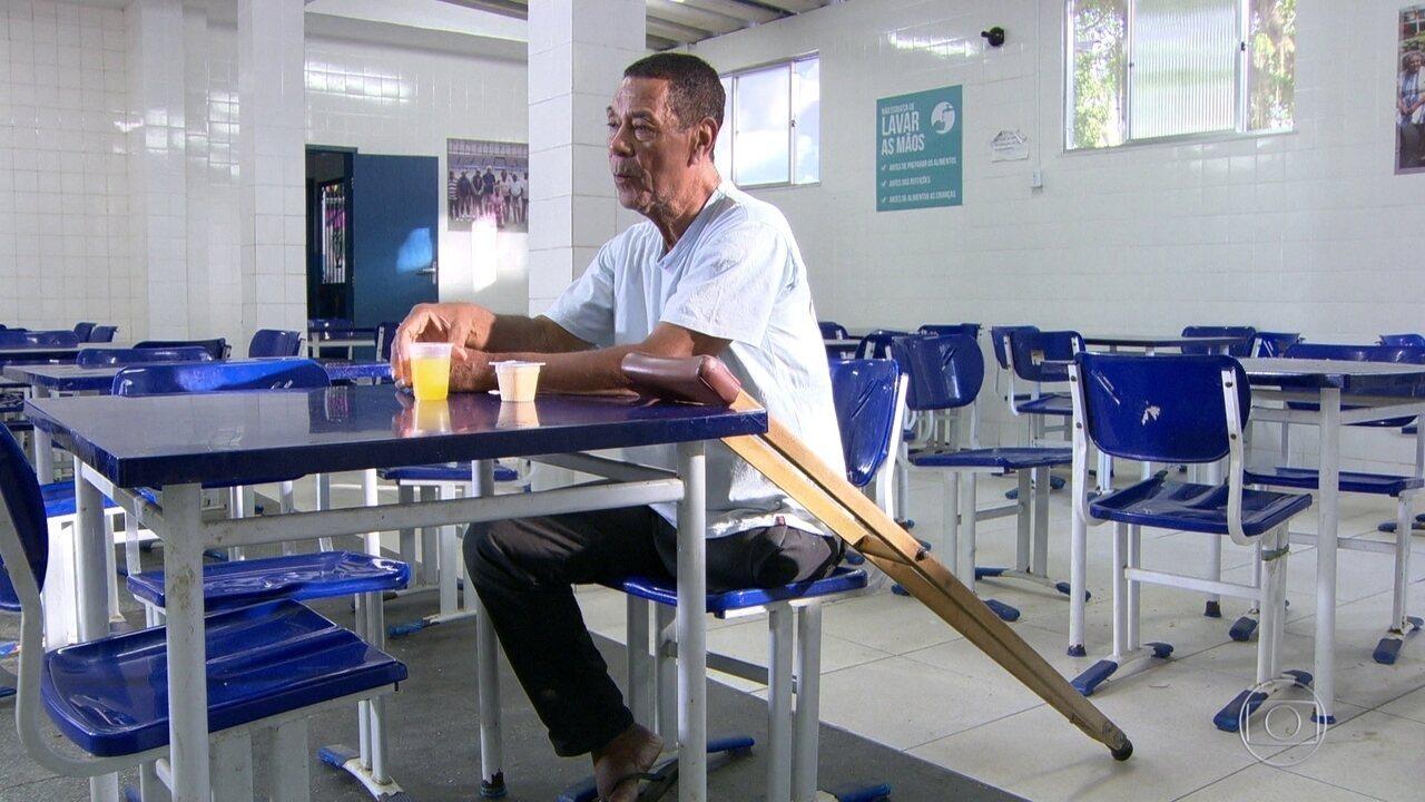 Abrigo de moradores de rua passa a receber também servidores públicos aposentados