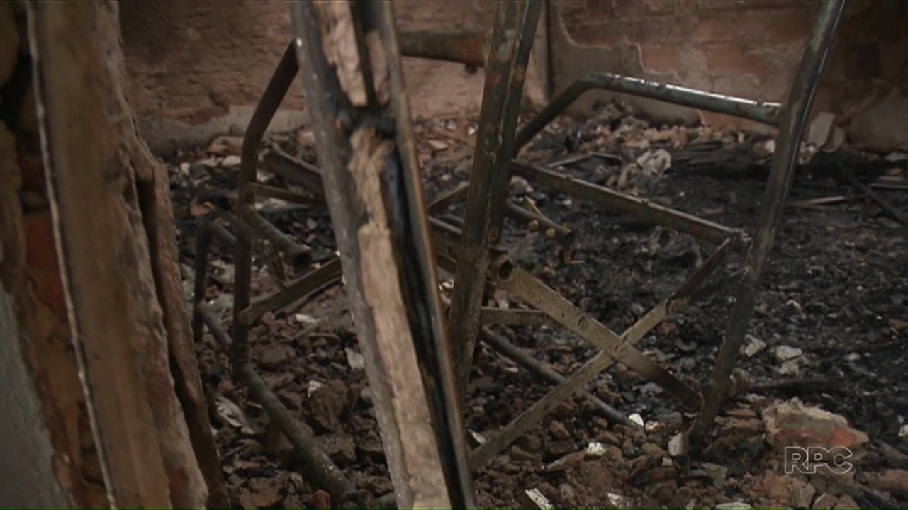 Resultado de imagem para Cadeirante morre em incêndio em casa de Maringá