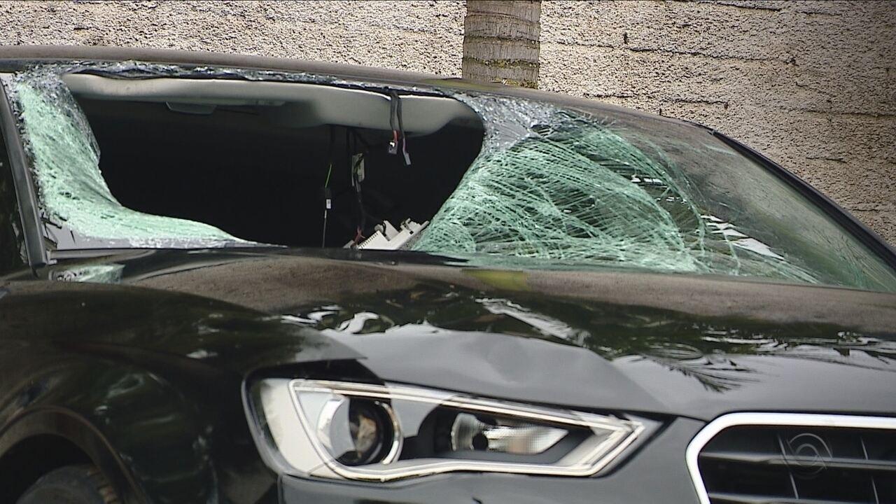 Motorista envolvido em duplo atropelamento ainda não se apresentou à Polícia Civil