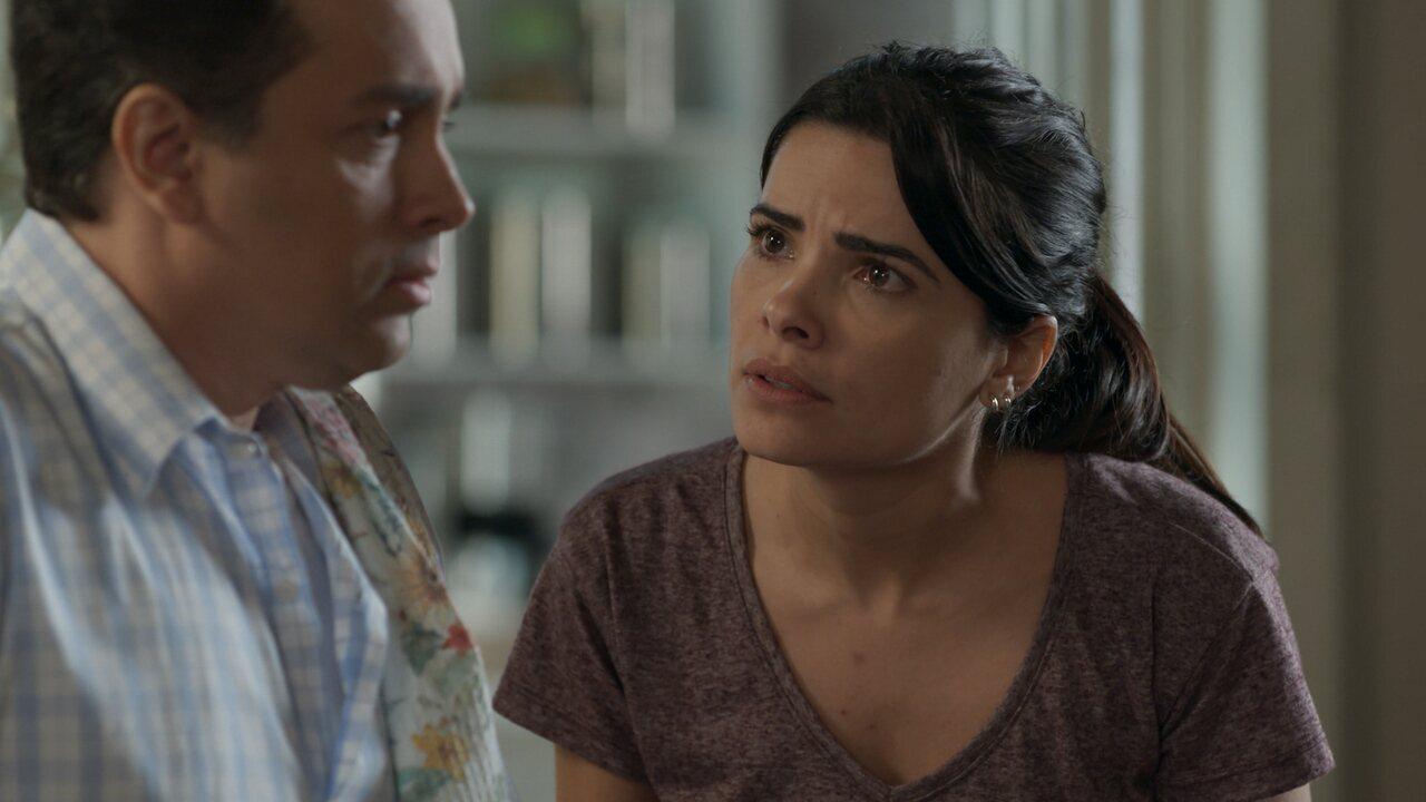 Teaser 'Pega Pega' 10/8: Antônia pergunta a Nelito se Júlio pode ser o ladrão do hotel