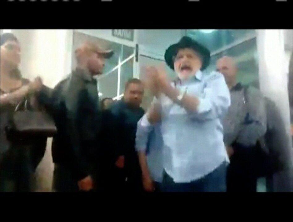 Vídeo mostra protesto de servidores aposentados em Ipatinga