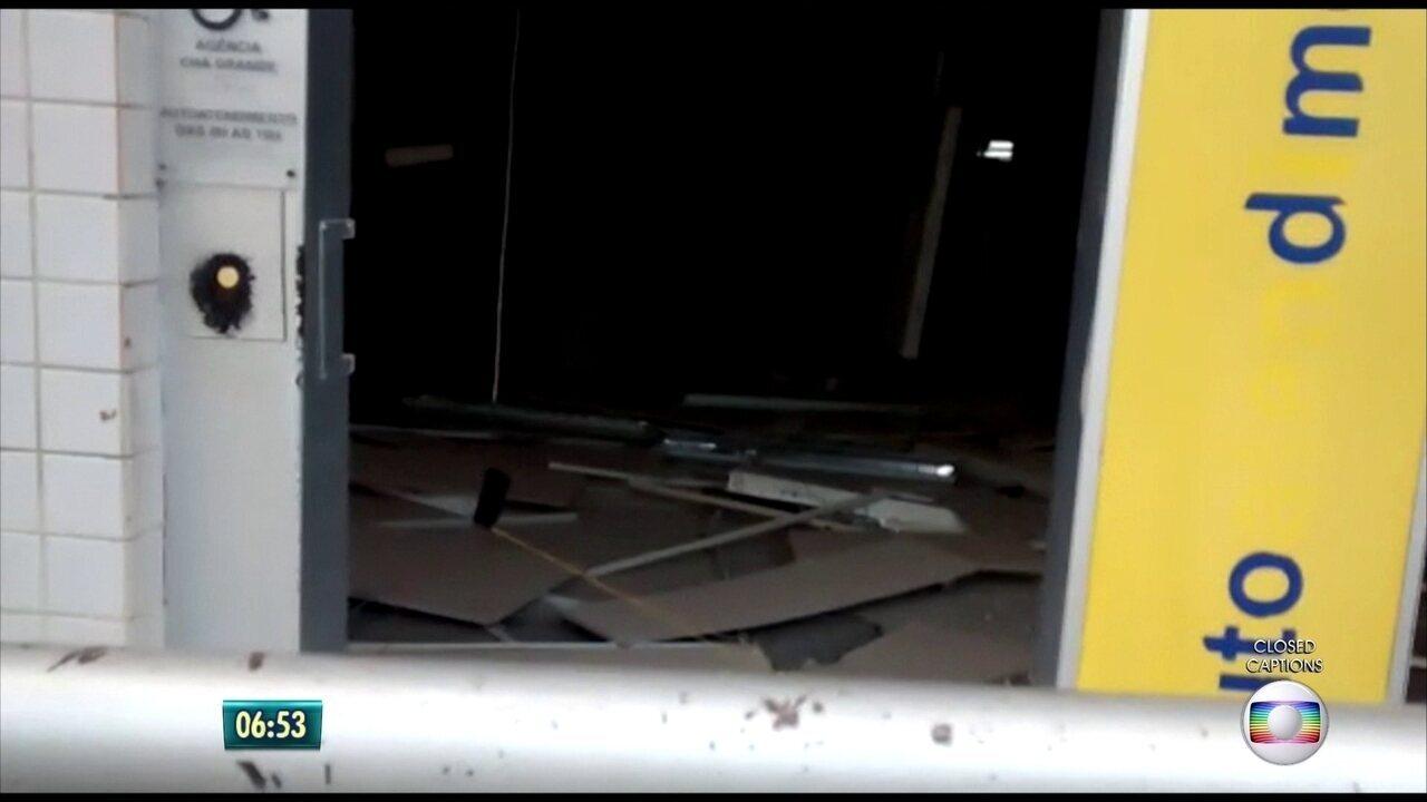 Cofre de agência bancária em Chã Grande é explodido por bandidos