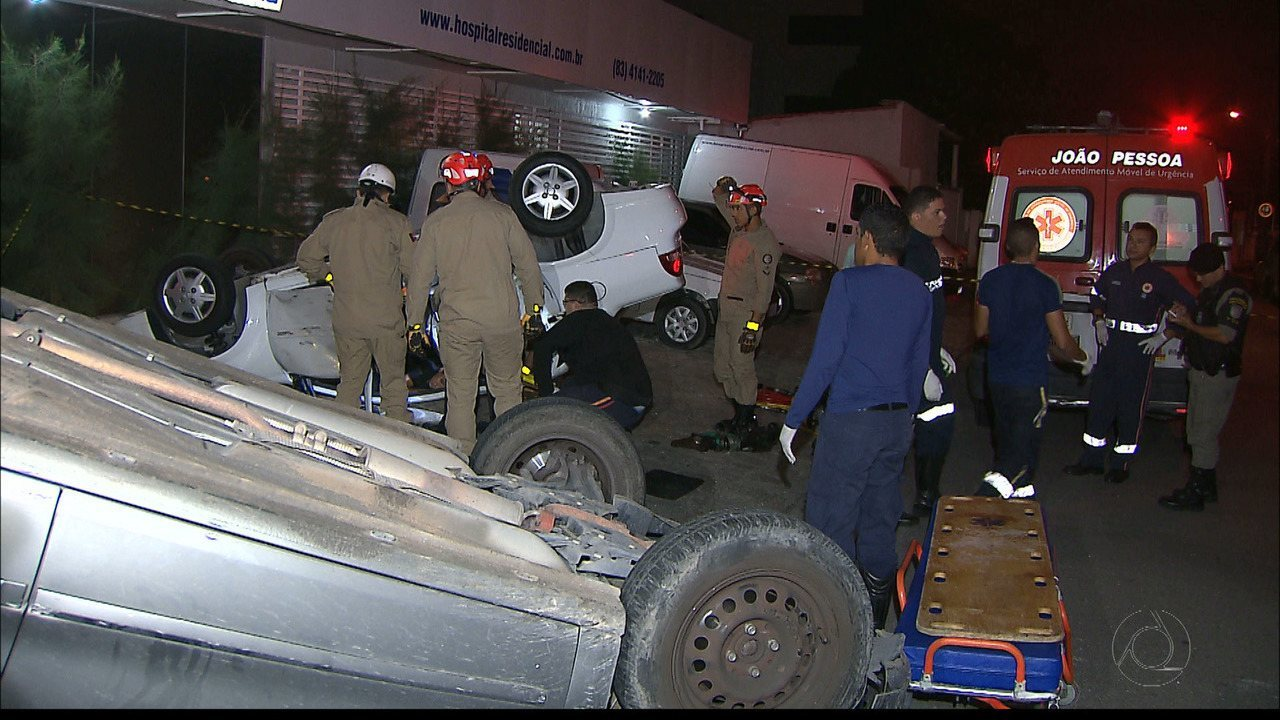 Três pessoas ficam feridas em acidente no Expedicionários, em João Pessoa