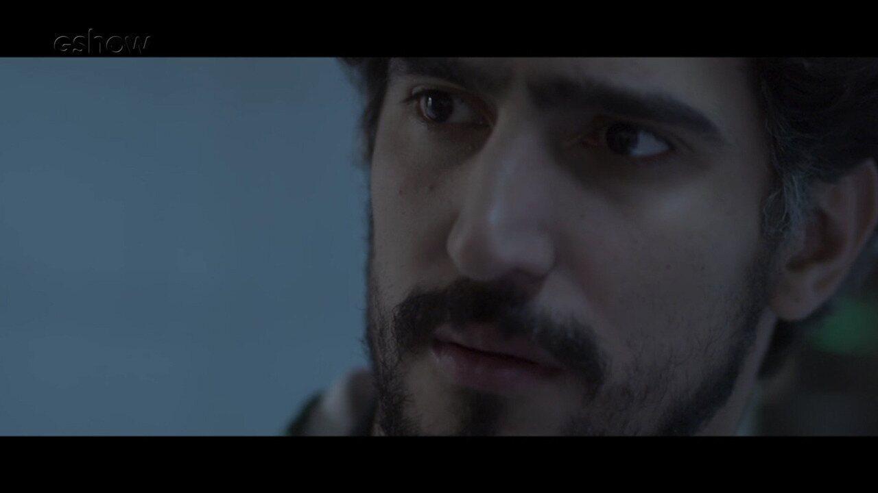 Resumo de 10/8: Renato descobre que Vitor não é pai de Lucas