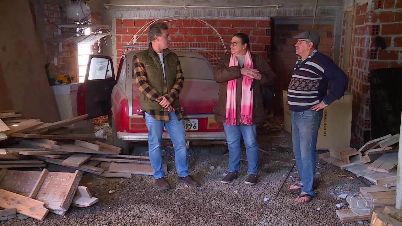 O borracheiro contou também sobre a importância do carro em sua vida, e Luciano anunciou a prova que pai e filha fariam no palco do program,a