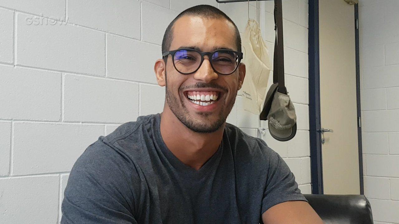 Rodrigo West, filho de Sidney Magal, comenta tweets sobre sua participação no 'Encontro'