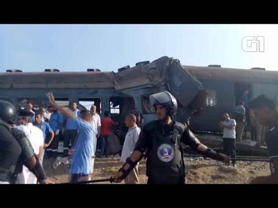 Colisão de dois comboios faz 36 mortos e 109 feridos no Egipto
