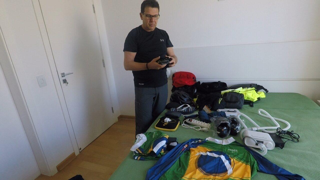 Casal mostra os equipamentos