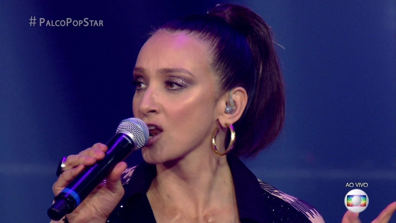 Sabrina Parlatore canta 'You Gotta Be'