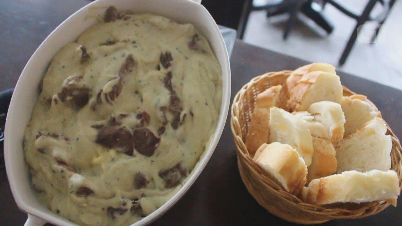 Culinária #013: Aprenda a fazer um filé mignon com molho de gorgonzola