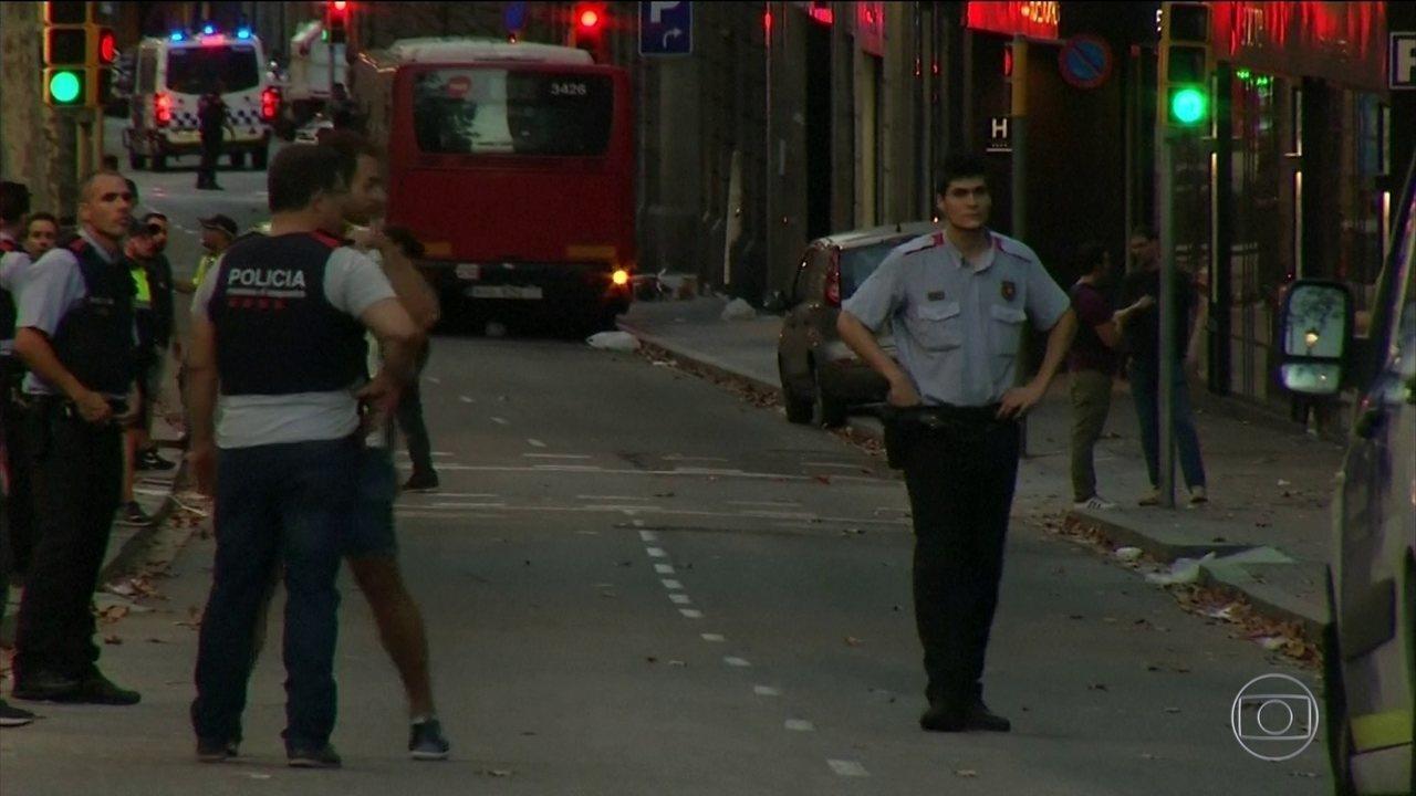 Terroristas ligados ao Estado Islâmico voltam a atacar na Europa, dessa vez na Espanha