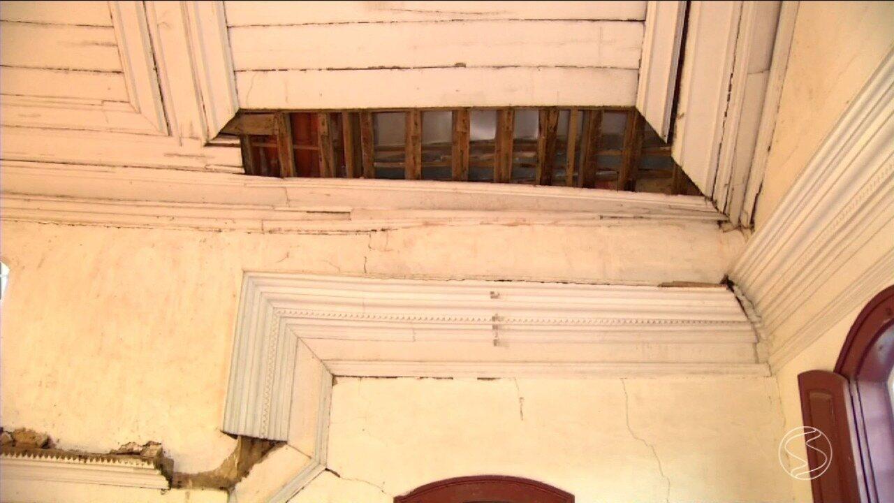 Igreja é interditada em Paty do Alferes, RJ
