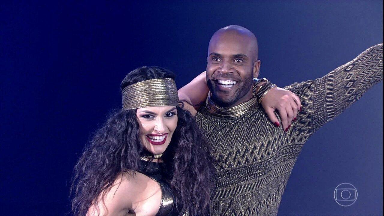 Rafael Zulu dança no ritmo do baladão