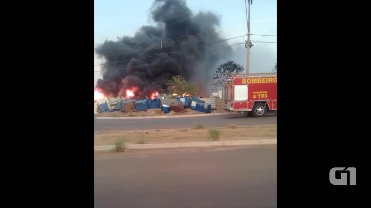 Incêndio destruiu a oficina de reciclagem em Palmas
