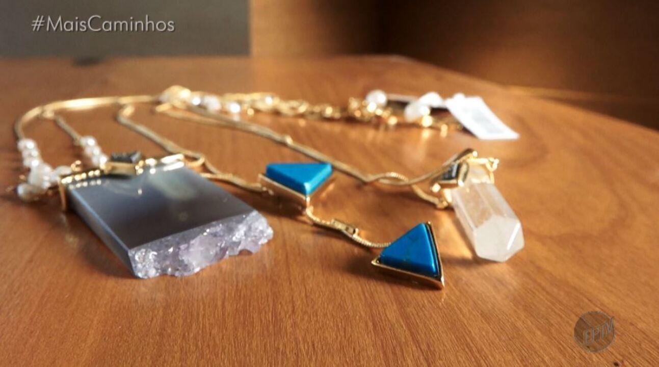 Tá Na Moda: confira dicas de como usar corretamente os colares