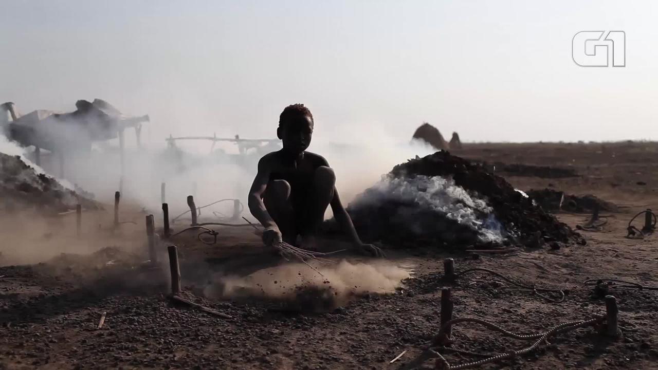 Fotógrafo brasileiro Bruno Feder registra a etnia Mundari no Sudão do Sul