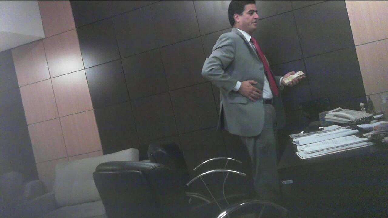 Ex-governador de Mato Grosso entrega ao MP vídeos de políticos recebendo dinheiro