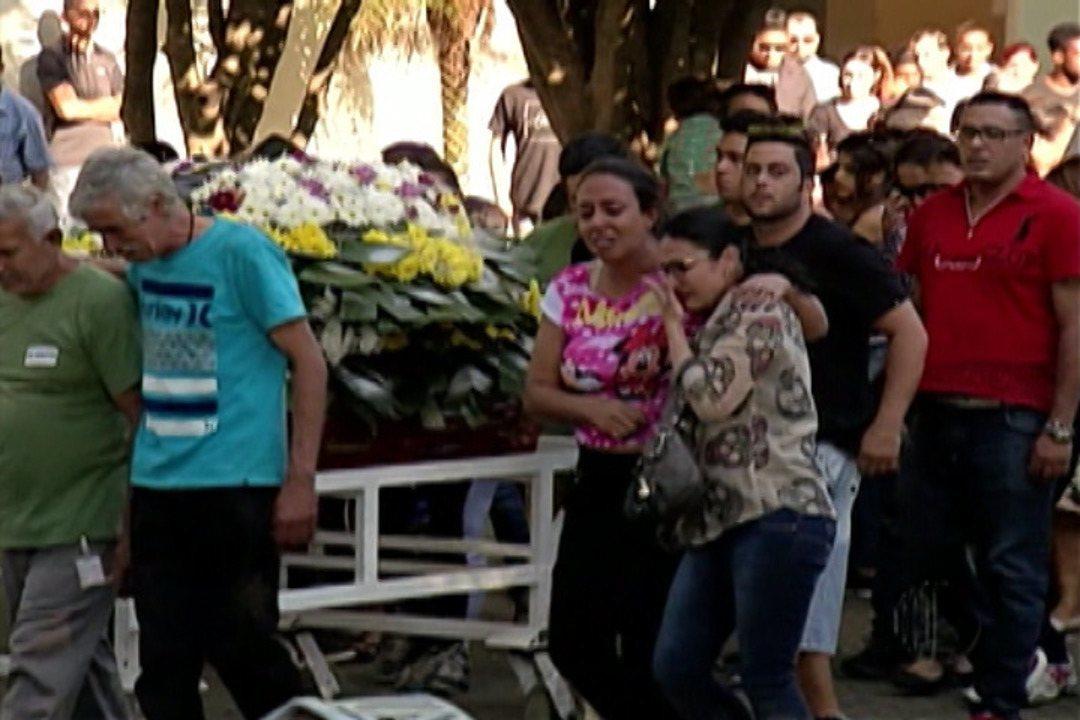 Mortes Em Suzano: Polícia Aguarda Laudo Do IML Sobre Morte De Jovem De