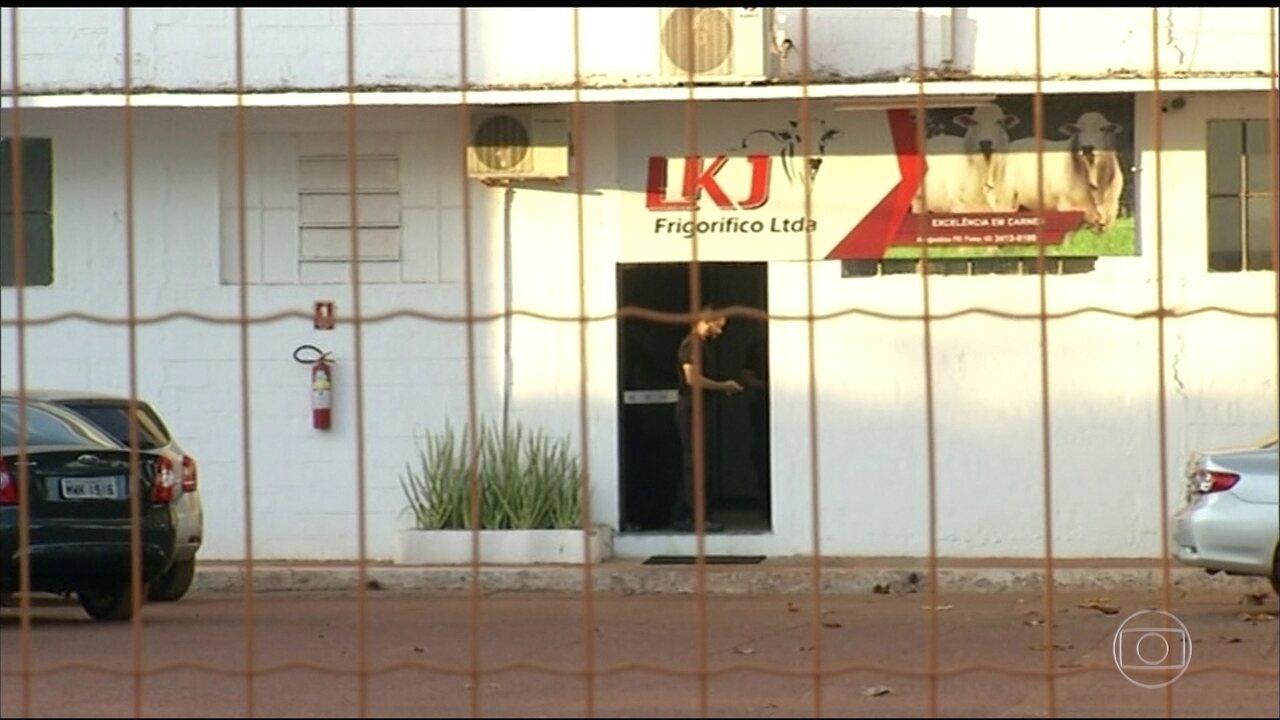 Onze pessoas são presas em operação que investiga servidores do ministério da Agricultura