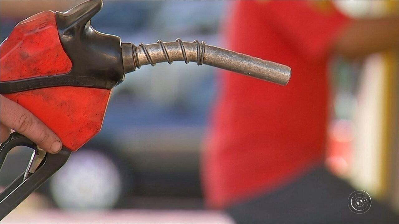Petrobras eleva preço da gasolina na maior alta desde a nova política